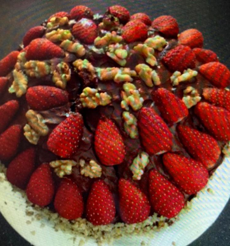 Bake-Free Fruit & Nut Cacao Cake