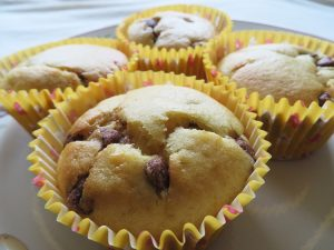 baked-desserts-chocolate-chip-orange-cupcakes