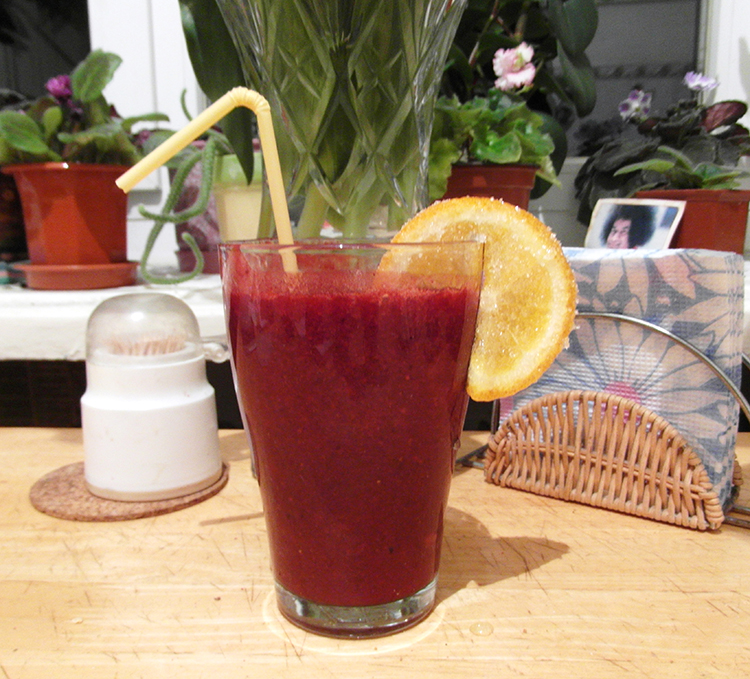 A Very Berry Summer Drink